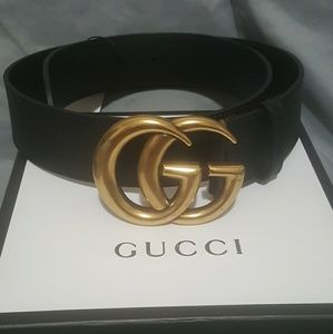 Gucci belt gold buckle